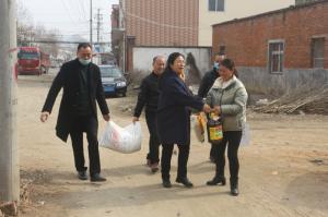 南阳市科协开展春节走访慰问贫困户活动